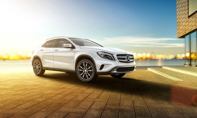 lease 2019 mercedes gla 250 at autolux sales and leasing. Black Bedroom Furniture Sets. Home Design Ideas