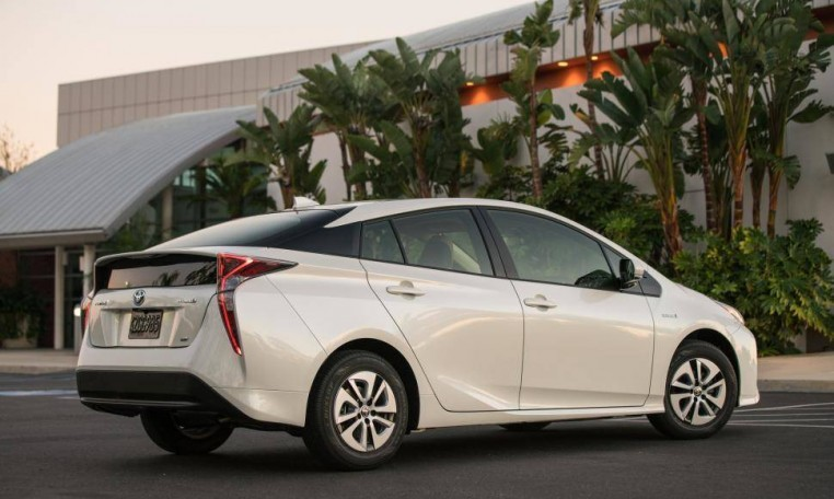 lease 2018 toyota prius at autolux sales and leasing. Black Bedroom Furniture Sets. Home Design Ideas
