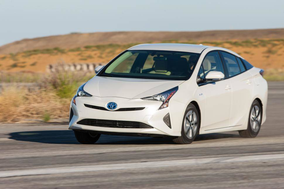 Lease Toyota Prius At AutoLux Sales And Leasing - Toyota prius lease deals los angeles